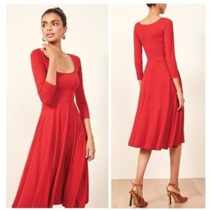 Reformation Lou Midi Dress in Cherry Size Small